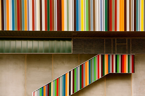 ESCALERA DE COLOR / COLOUR STAIR | by lcrf
