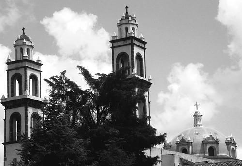 Torres y cúpula
