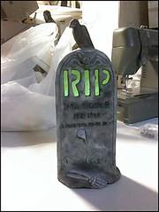 Ima Goner Headstone Lit Green | by trentsketch