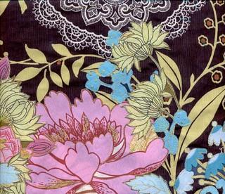 stitching detail (back of bag)