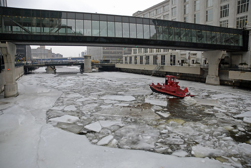 icebreaker in milwaukee downtown | by magrolino