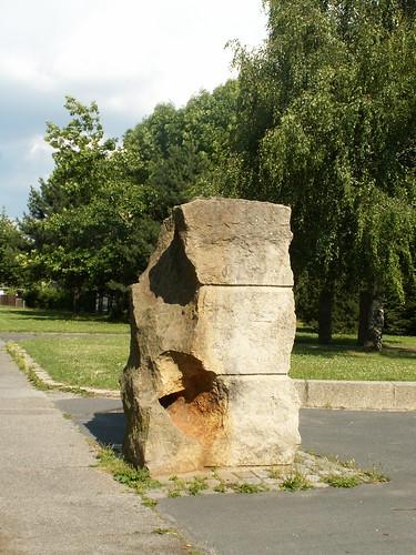 saeule-stein-kunst-022