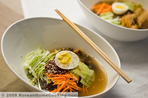 Cold Buckwheat Noodle Soup 냉면 ^^ | by minwoo