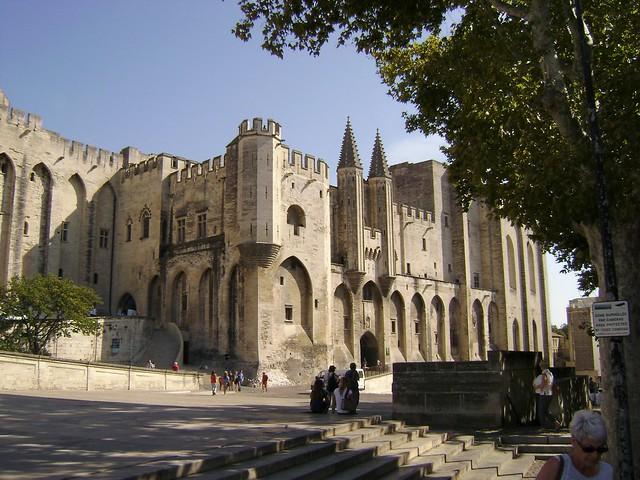 Palacio de los Papas, Aviñón, Francia/Palais du Papes, Avignon, France - www.meEncantaViajar.com