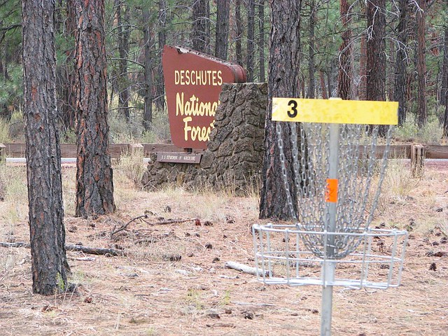 Hyzer Pines Disc Golf Course in Sisters Oregon