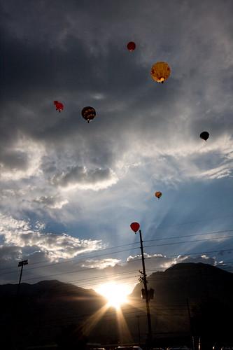 morning sunset hot sunrise early utah air balloon photowalk launch provo freedomfestival photowalkingutah
