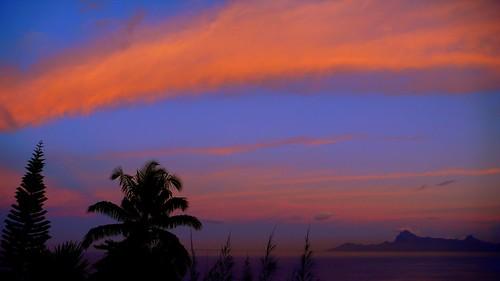 ocean morning blue orange sun home sunrise warm southpacific tropical tahiti moorea frenchpolynesia pierrelesage leicadlux3