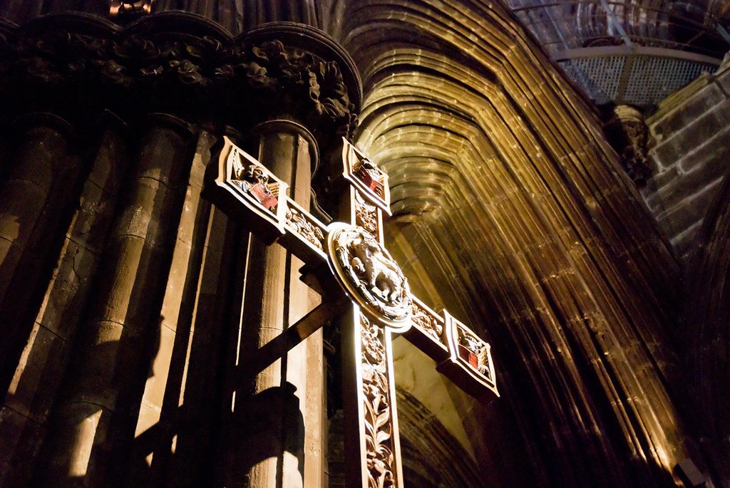 cross in the cathedral of glasgow