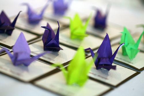 How to make a Paper Crane / Card Stand - do I smell a business ... | 333x500