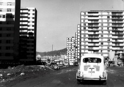 196912-11a-caravana av europa