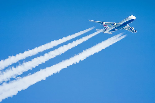 British Airways Boeing 747 contrail | by revedavion.com