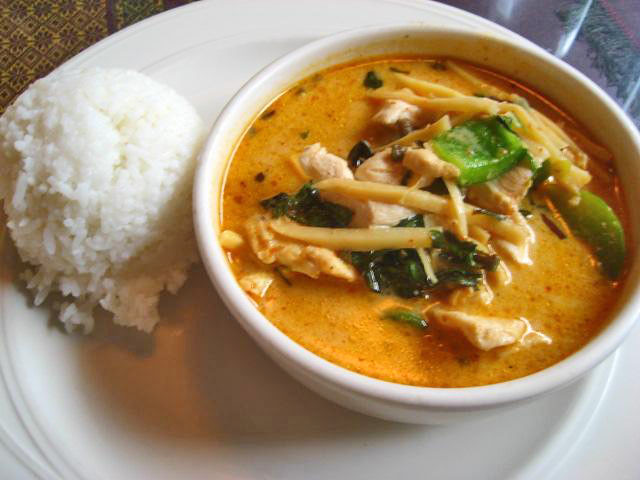 Bahn Thai Chicken Curry