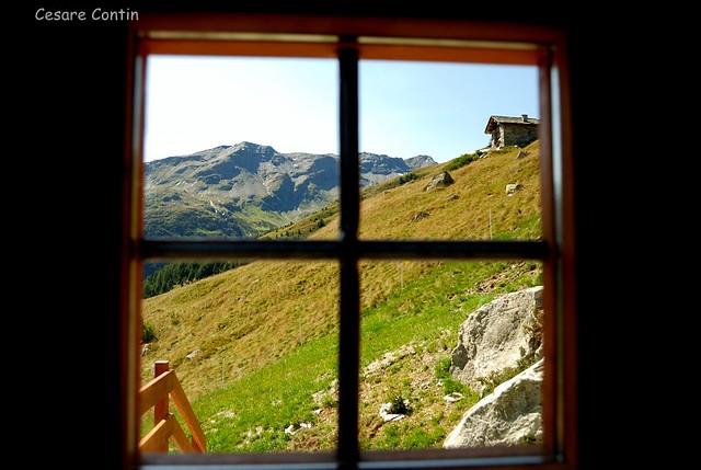 Vista da casa sul Bardan. 2862 mt.