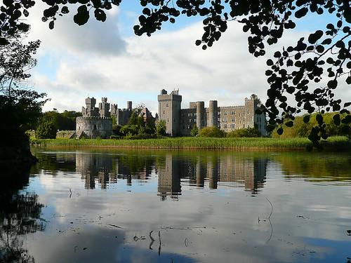 ireland castle reflections mayo ashford kasteel ashfordcastle ierland cong irishcastle