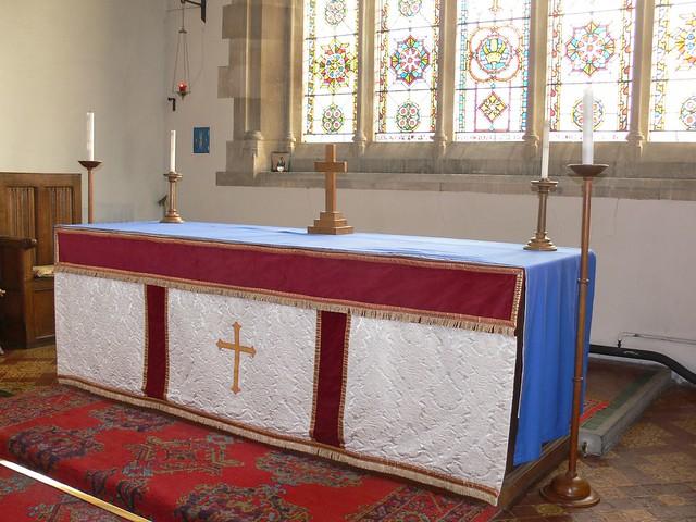 St. Mary Magdalene, Twyning Church Altar