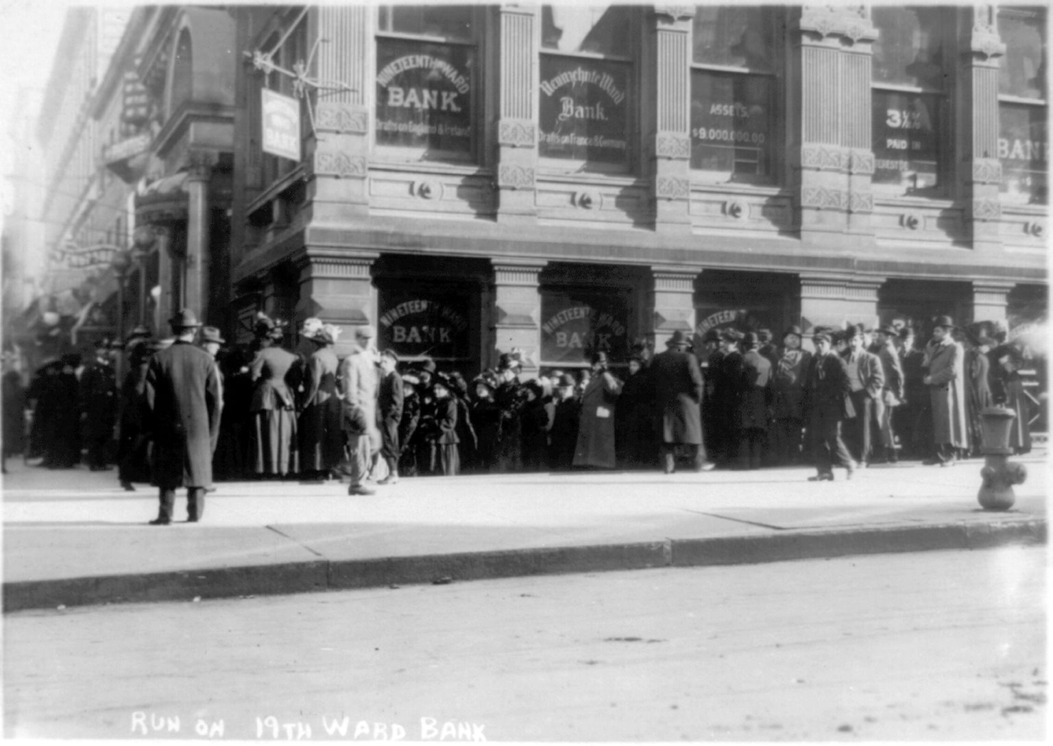 Run on 19th Ward Bank, ca. 1907-1914, Bain Collection (LOC)