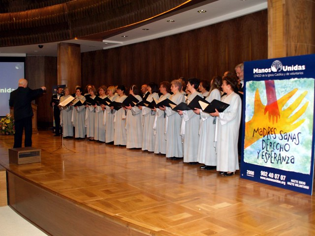 Concierto Manos Unidas 07.feb.2008 71. Coro Francisco Salinas