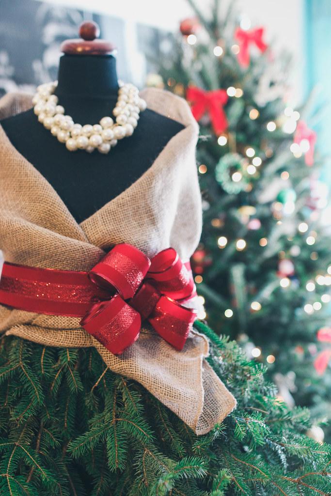 Diy Mannequin Christmas Tree Www Livingaftermidnite Com Flickr