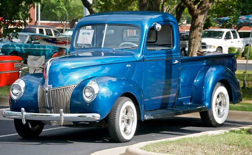 Old Ford Pickup truck   by Suarez