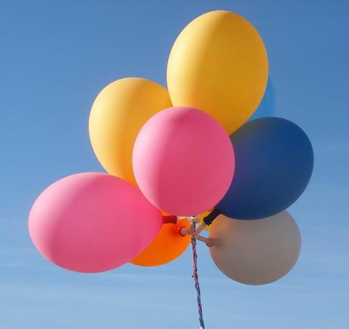 Balloons   by Arenamontanus