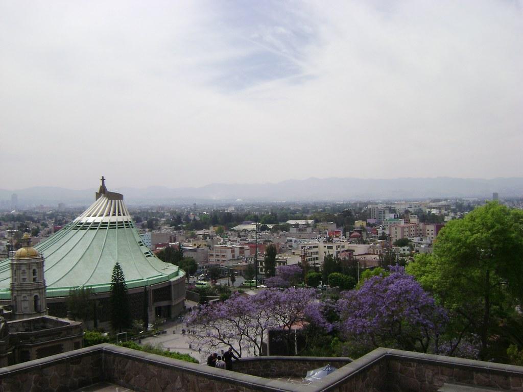 Basílica de Guadalupe desde el Tepeyac, Ciudad de México/Basilica of Guadalupe from Tepeyac, Mexico City, México - www.meEncantaViajar.com