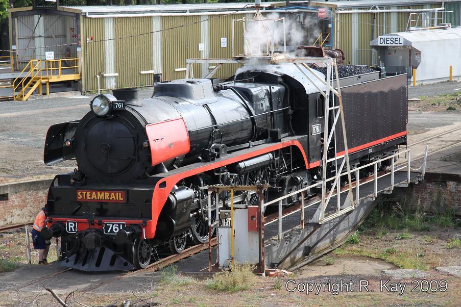 R-761 on Ballarat East turntable by Robert Kay