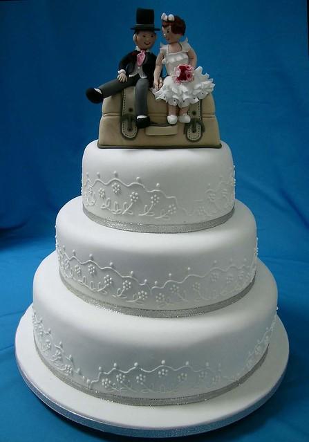 Novelty suitcase wedding cake