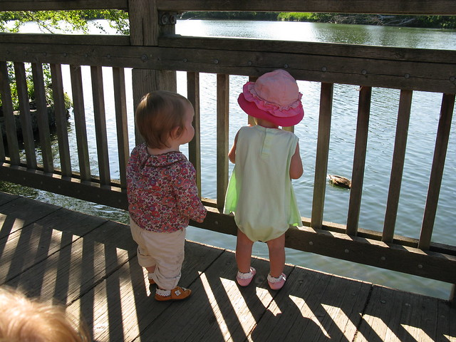Maia and Edie watch the ducks
