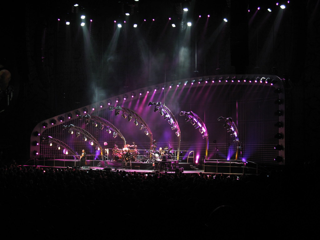 IMG_2343 - Philadelphia - Wachovia Center - Genesis - Los Endos