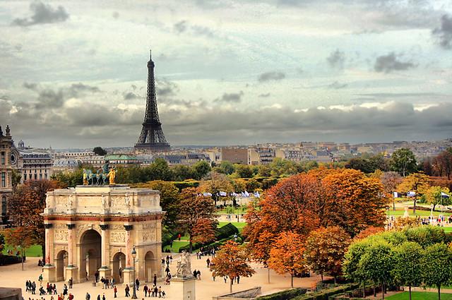 Hasil gambar untuk autumn in paris city