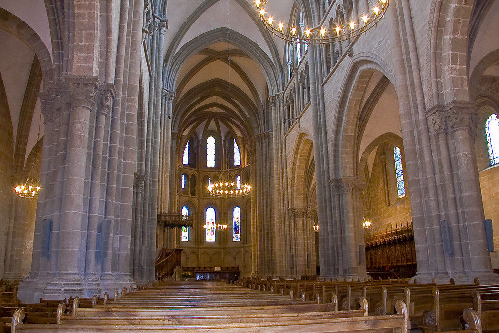visit Saint Peter's Cathedral when visiting Geneva