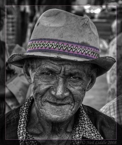 portrait bw colour purple market oldman hdr easttimor selective oecussi photomatix rtwoverland