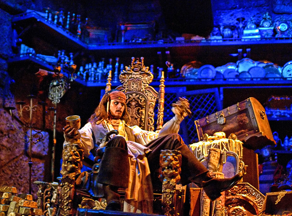 Disney - Captain Jack Sparrow - Drink Up Me Hearties Yo Ho