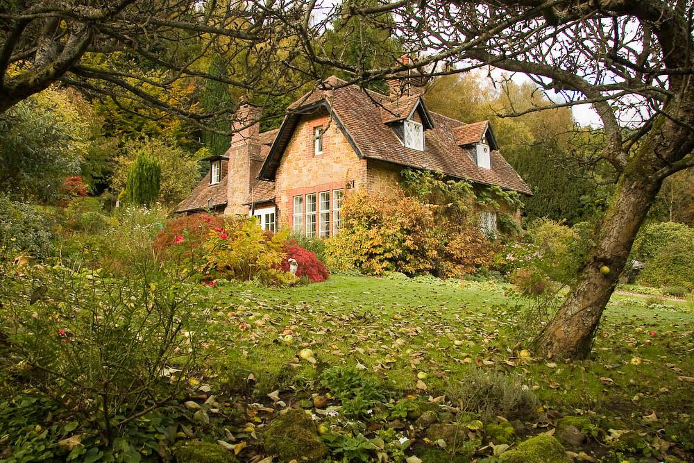 Lovely house at Abinger Bottom