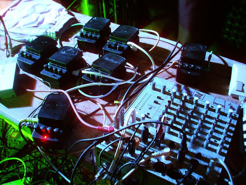 Apostleship of noise - happy setup