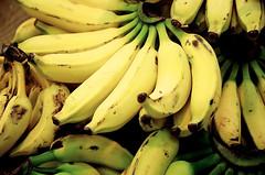 bananas   by Fernando Stankuns