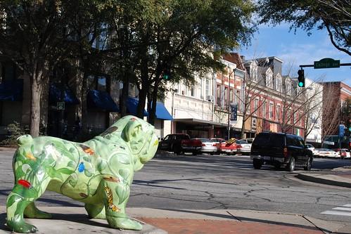 usa green dawg statue georgia nikon downtown unitedstates south athens bulldog bugs southern uga collegetown dawgs bulldogs smalltown universityofgeorgia clarkecounty bugga d80 weletthedogsout stgrundy