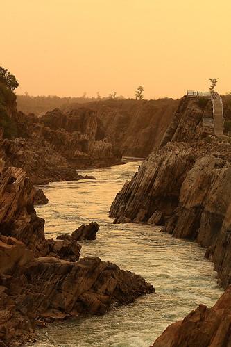 sunset india nature water canon river landscape eos narmada jabalpur 450d canonefs55250mmf456is