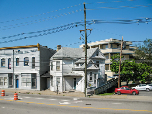 street house cars buildings landscape parkinglot apartments view barrels parking july sidewalk powerlines westvirginia arrows balconies storefronts siding 2008 utilitypole kerb curb telephonepole universityavenue morgantown parkedcars paved wheelchairramp route19 doubleyellowline us19 bluedoors monongaliacounty morgantownwestvirginia whitesiding trafficbarrels july2008 handicappedramp img4546 usroute19 whitearrows orangeandwhitebarrels westvirginialandscape turnlanes 20080714 monongaliacountywestvirginia beechurstavenue mountaineercourt