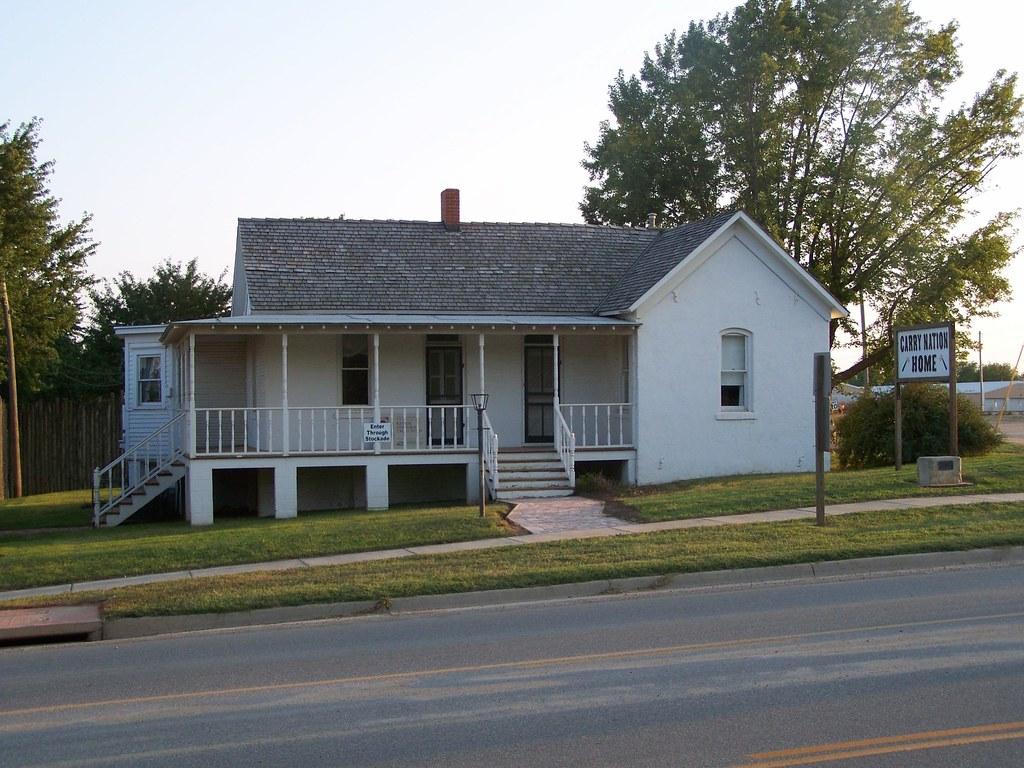 Barber County Courthouse (1956) Medicine Lodge, Kansas 6-2