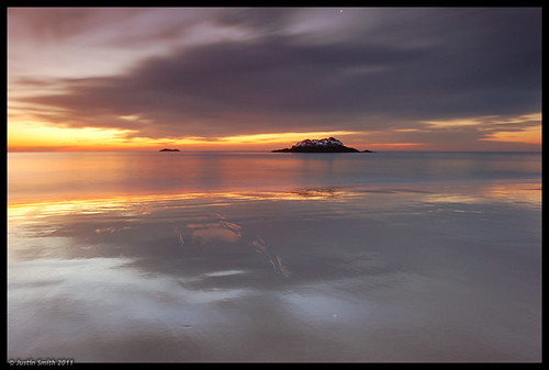reflection beach sunrise sand massachusetts nikond50 manchesterma singingbeach justinsmith ocena leefilters nikon1735mmf28 justinsmithphotocom