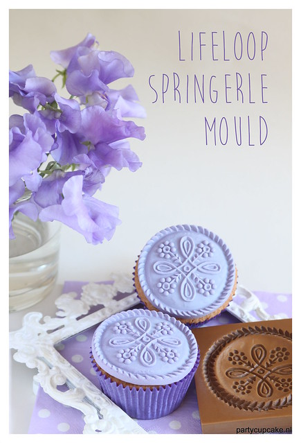 Cupcakes decoration made with a springerle mould