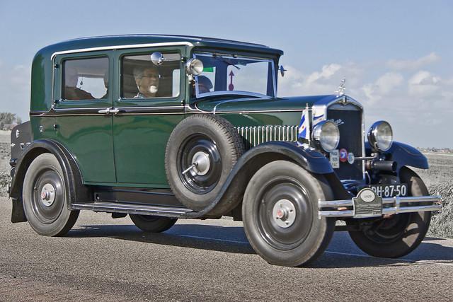 Praga Piccolo Luxus Sedan 1929 (4227)