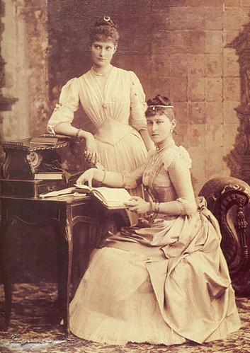 Prinzessin Alice und Elisabeth von Hessen-Darmstadt, future Czarina  and Grand Duchess of Russia