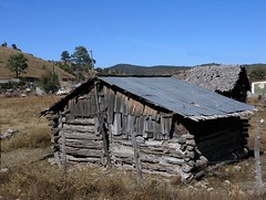 Old house - Casa antigua; entre Guanacevi & La Cienega de Escobar, Durango, Mexico
