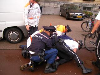 7 Police Men Arresting 1 Man - Coolsingel - Rotterdam - Holland