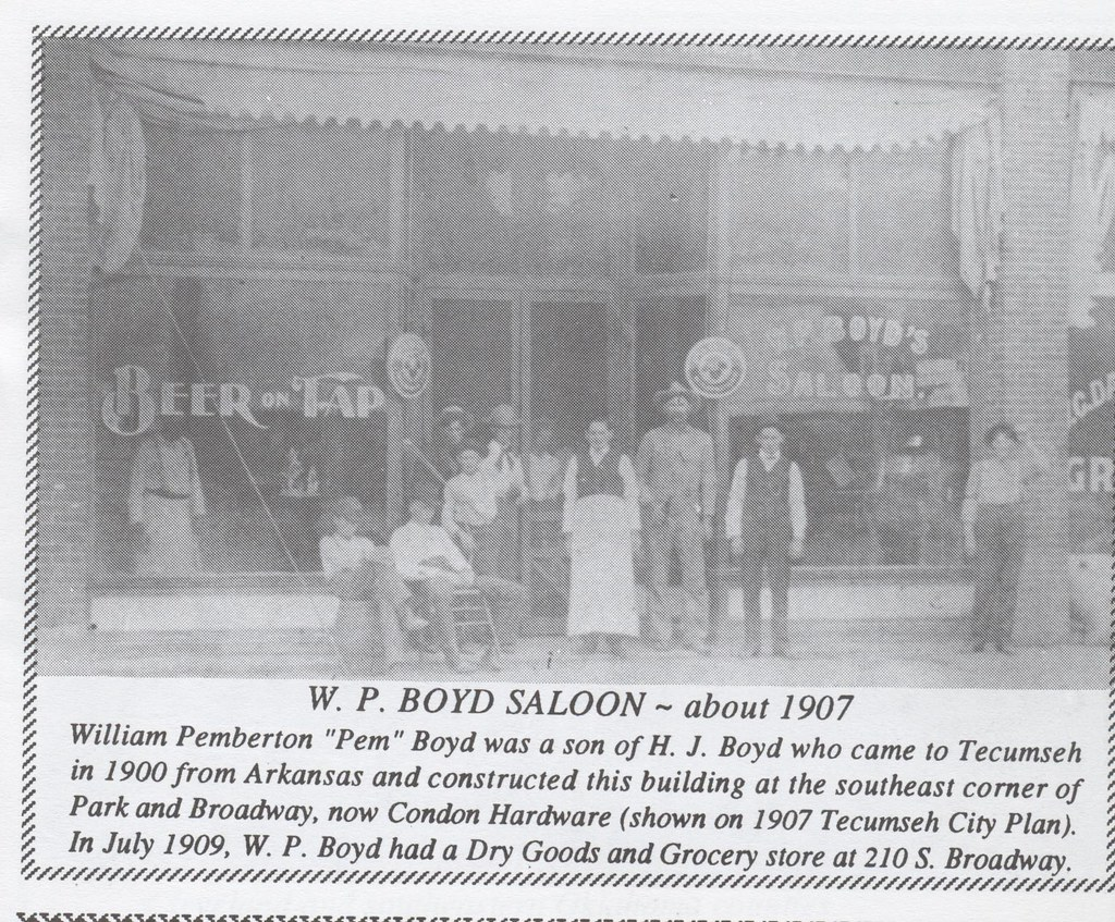 W.P. Boyd Saloon | People in front of saloon in 1907 ...