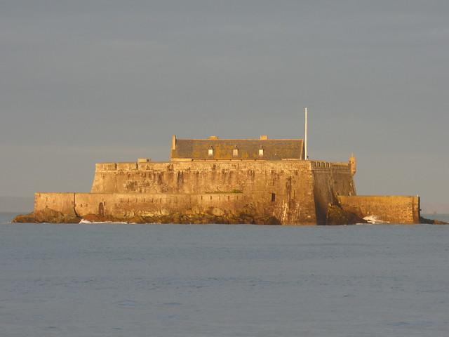 Fort National dans le soleil levant...