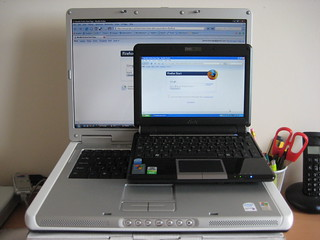Eee PC 901 on Dell Inspiron 6400 | by James Burrage