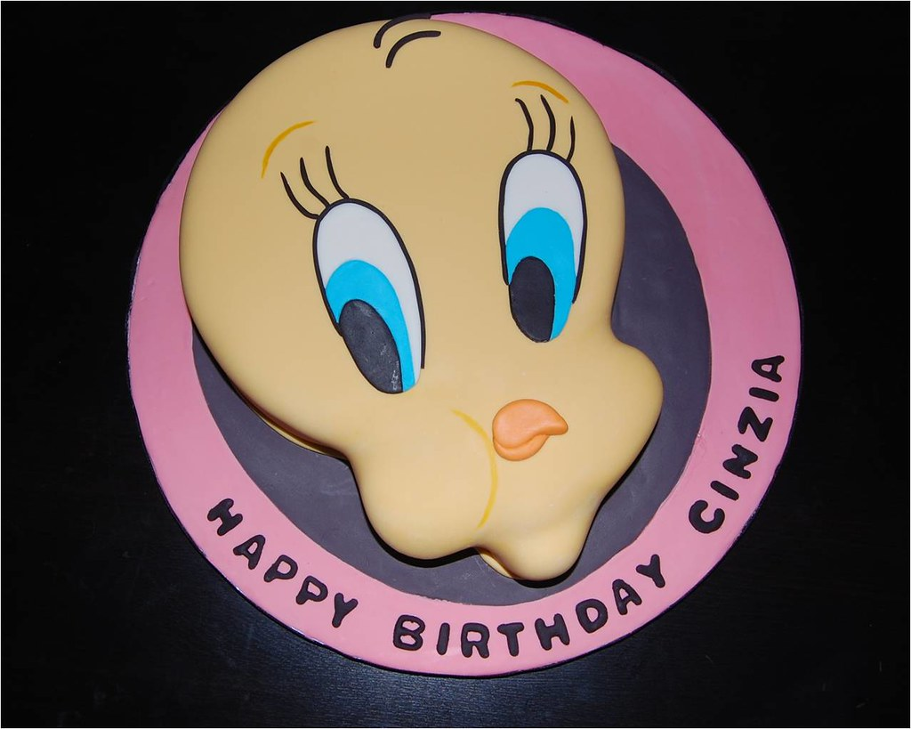 Terrific Tweety Bird Birthday Cake Sharon Alvares Flickr Funny Birthday Cards Online Kookostrdamsfinfo